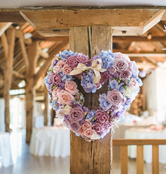 wedding flowers Farnham bridal bouquets Alton church & civil ceremony
